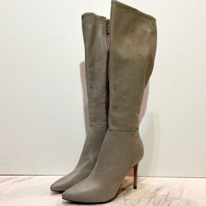 Schutz Magalli Pointed Toe Gray Heeled Boot 6.5B